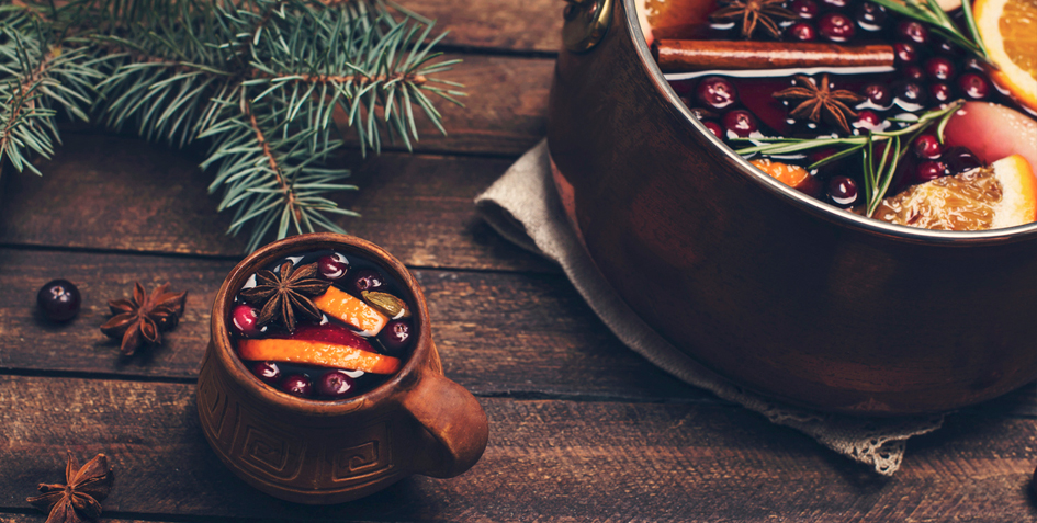 Holiday Smells: Aromatic Traditions from Winters Past